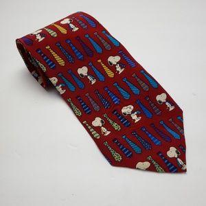Peanuts 100% Silk Snoopy Tie